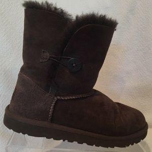 UGG Australia Sheepskin Winter Boots Size 6